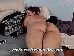 Thick Booty Mature BBW Showing Her Big Butt