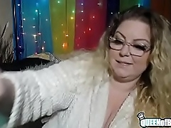 Shiny ass nude BBW Platinum Puzzy twerks big butt