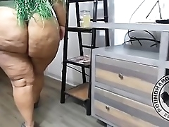 Huge booty client calls her big dick therapist over for a hard fuck.