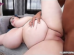 Teen BBW Peyton Gets Her First Taste of Big Black Cock